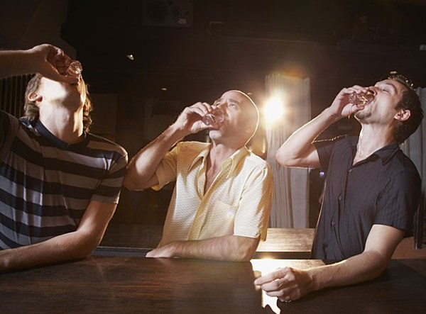 drinking age lowered from 21 18 Lower the drinking age from 21 to 18 may 23, 2012 if the drinking age were lowered to 18, inevitable underage drinking would be much easier to regulate.