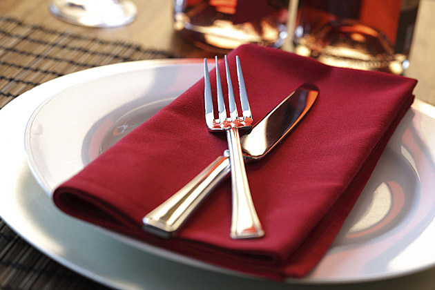 Restaurant dinner place setting