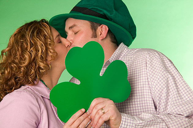 St. Patrick's Day couple kissing